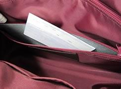 バッグ内側:隠し底ポケット