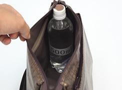内側 : 500mlのペットボトルが立てて入ります