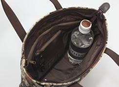 ミニテディ 角バケットは内側の高さは、500mlのペットボトルを立てることができるサイズ。しっかり入ります。