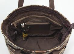 ミニテディ 角バケットは内側には、コイン入れ、ペンホルダー、脱着式キーホルダー付き