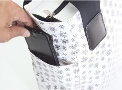 外サイドポケットには、新しいカタチの落ちないポケット付き。