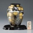 九谷焼 金彩木立連山に鶴 8号天目花瓶 131067