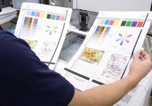 中古コピー機の印字品質の検品・整備の様子