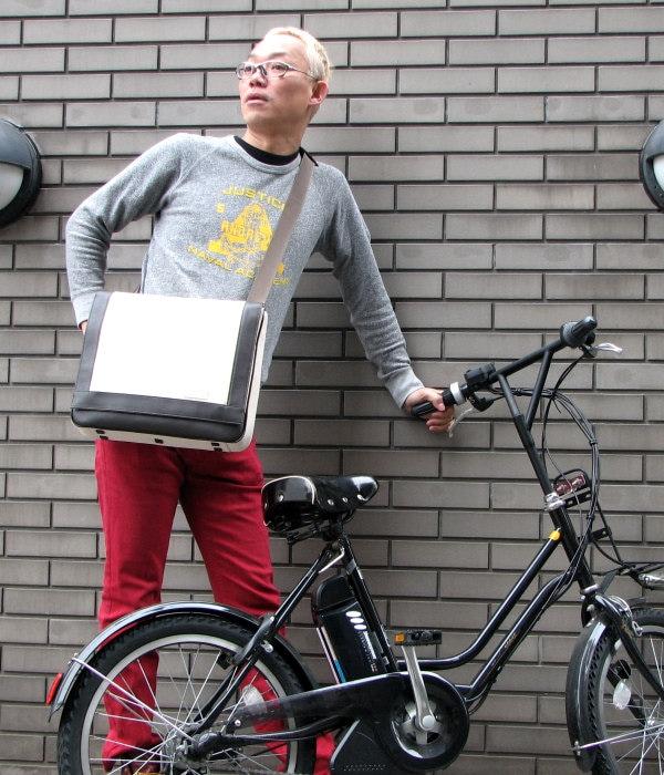 うたえもんさんお気に入りのキャンバス・メッセンジャーバッグ