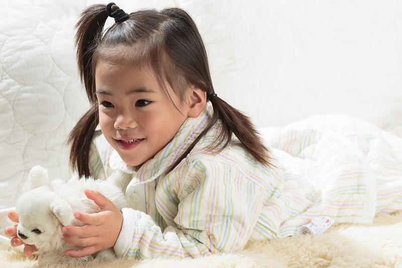 パシーマ パジャマ ストライプ柄 衿立て アトピー肌や敏感肌の刺激にならないよう縫い代は表側に出して縫製しています。