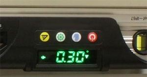 D280プロ、自動反転型LCDディスプレイ
