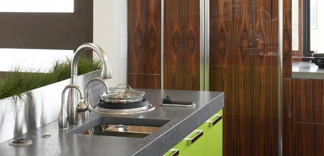 スタイリッシュな水栓が浄水器として使えるのはキッツ オアシックス浄水器!