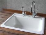 キッチン水栓とデザインを合わせてレトロでかわいい浄水器水栓