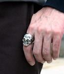 MEMENTO-MORI Skull Ring