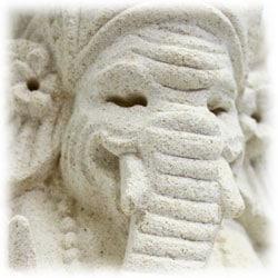 かわいい石像ガネーシャの置物の写真