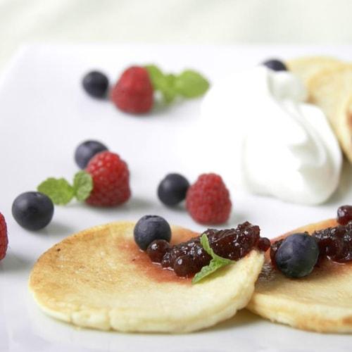 レシピ・使い方例「パンケーキのリンゴンベリージャムソース」
