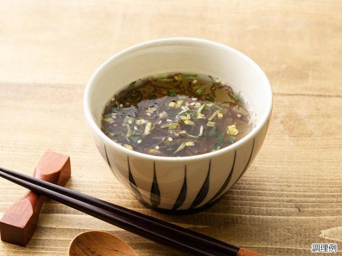 沖縄産もずくのスープ