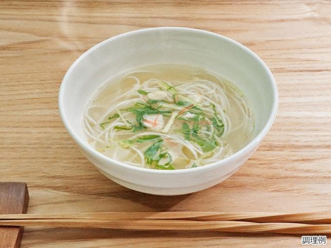 鶏白湯のスープ米麺