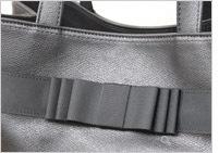 黒革ミディアムトートバッグ