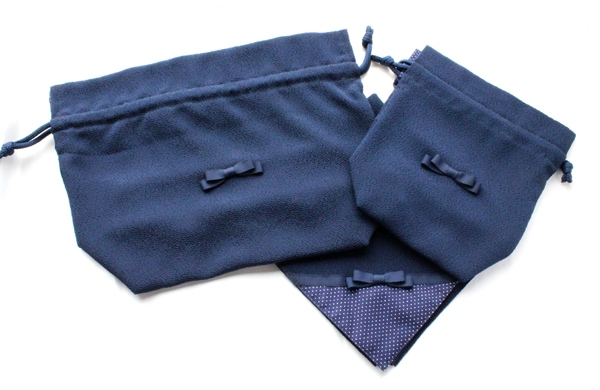 濃紺ちりめんお弁当巾着3点セット【ネイビードット&紺リボン】 LCS-NV-R302