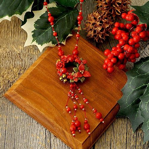 クリスマスリースのコードネックレス レッド