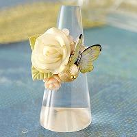 薔薇と黄色い蝶々のリング