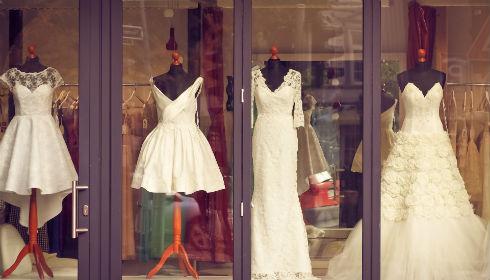 ウエディングドレスを決める時期 ブライダルインナー