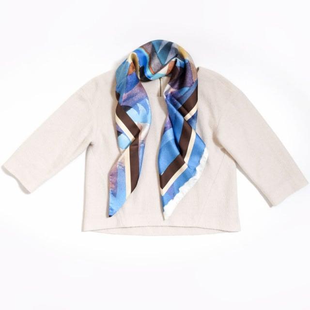 正方形スカーフ ブルー2