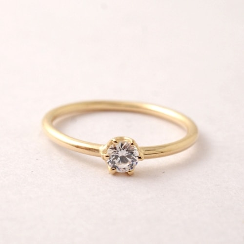 mollive SIMPLE ENGAGEMENT RING-18KYG