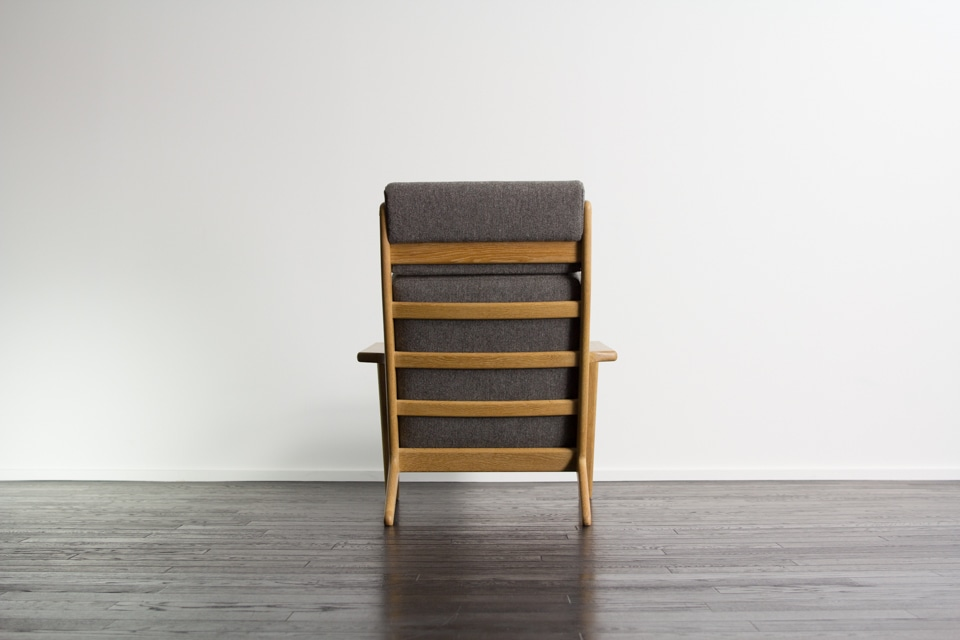 GE290 high back chair