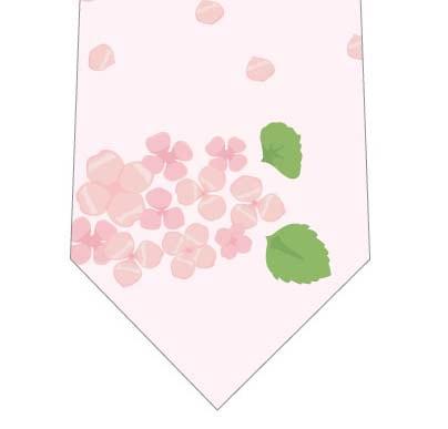 あじさいと花びらネクタイ(ピンク)の写真