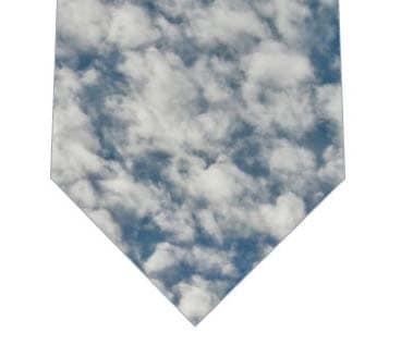秋のうろこ雲ネクタイ(写真)の写真