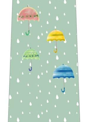 雨と傘ネクタイ(淡い緑)の写真