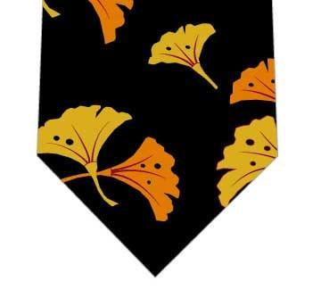 鮮やかな銀杏ネクタイ(黒)の写真