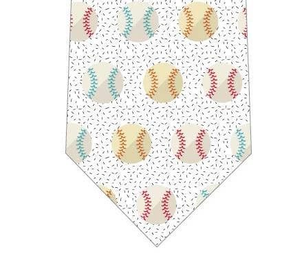 野球のボール並んだネクタイの写真