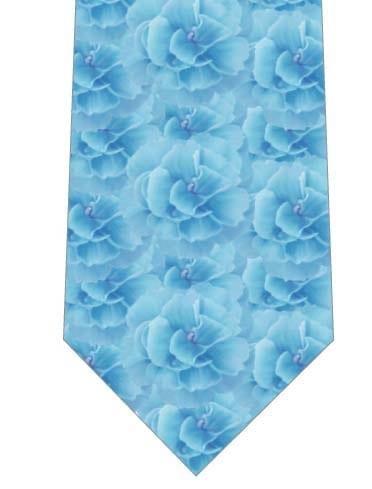 青いカーネーションがいっぱいネクタイの写真