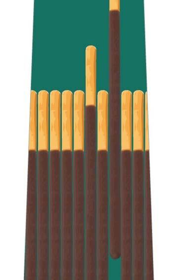チョコ菓子並んだネクタイ(緑)の写真