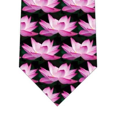 蓮の花ネクタイ(ピンク)の写真