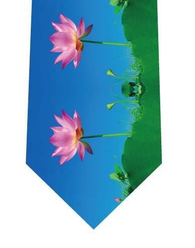 ハスの花ネクタイの写真