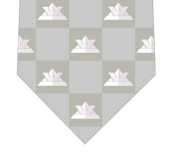 カブトネクタイ(ブロック・グレー)ネクタイの写真