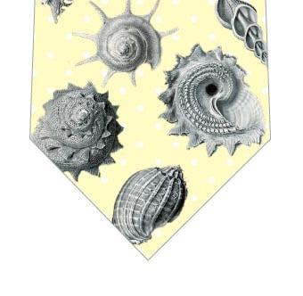 貝殻ネクタイ(黄色)の写真