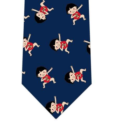 金太郎に仮装した子供ごろごろネクタイの写真
