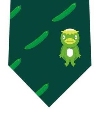 きゅうりとカッパネクタイ(深緑)の写真