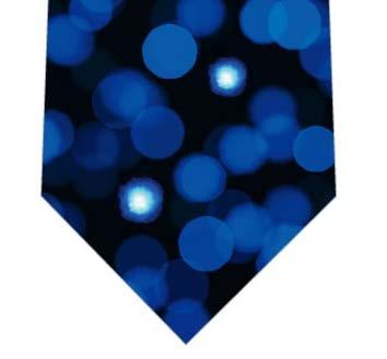 青色LEDネクタイ(光の玉)の写真