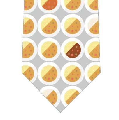 お皿のカレーネクタイ(グレー)の写真