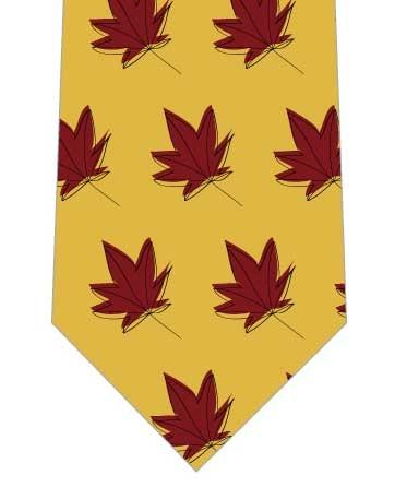 落ち葉が並んだネクタイ写真