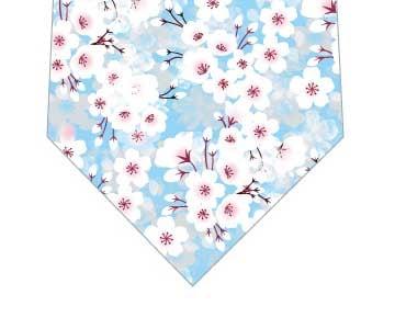 梅満開ネクタイ(水色)の写真