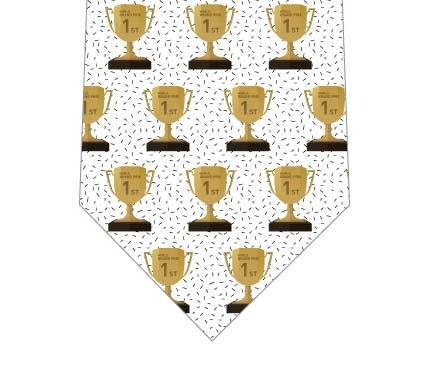 優勝カップネクタイの写真