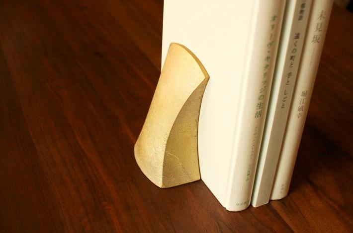 真鍮のブックスエンド (FUTAGAMI)