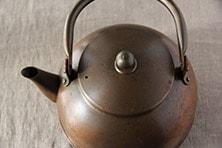 銅之薬缶 (東屋)
