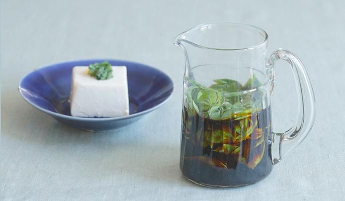 季節の恵みを大切にいただく保存食暦 7月バジル醤油