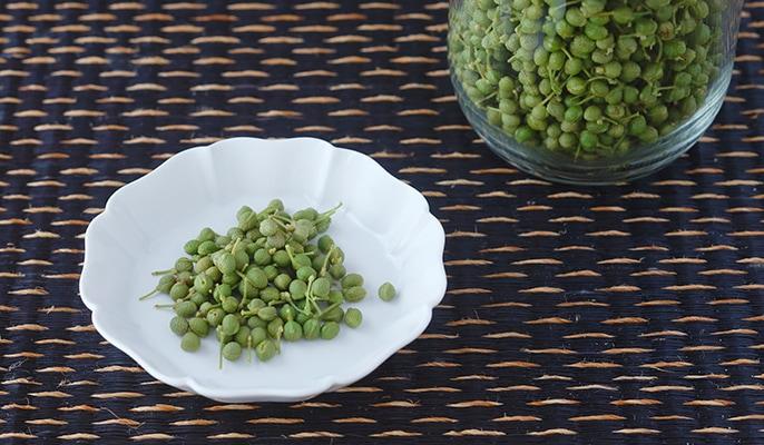 季節の恵みを大切にいただく保存食暦 4月春の豆のオイル漬け