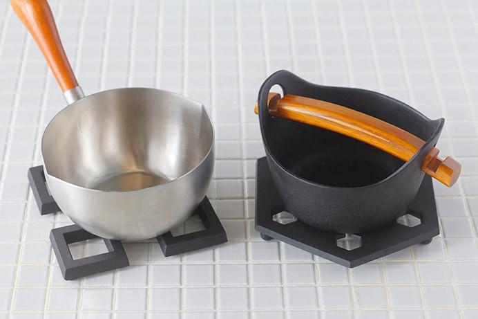 鍋敷き (釜定)