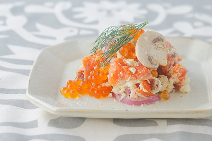スモークサーモンの生姜風味おからポテサラ