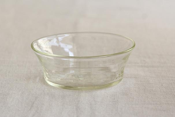 石川昌浩さんの筒型の深皿(倉敷意匠)
